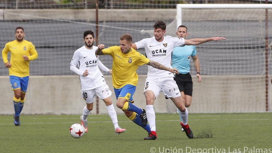 Partido entre Las Palmas Atlético frente al UCAM Murcia