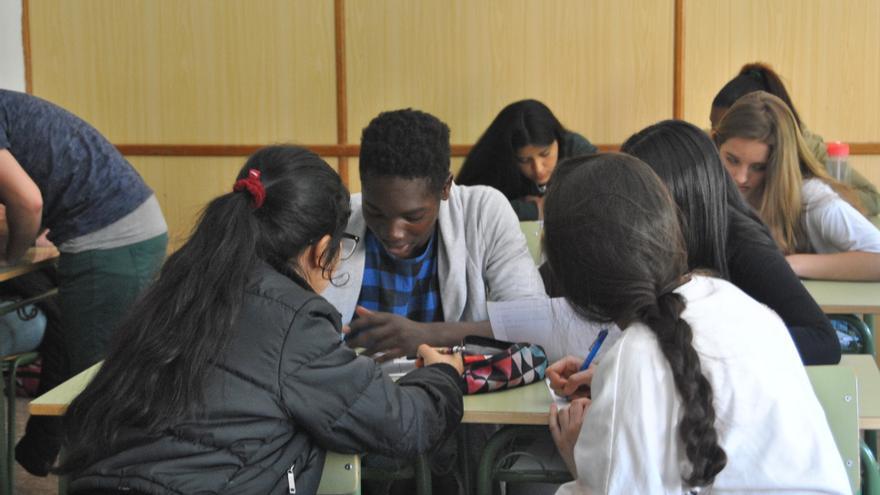 Los alumnos durante el taller de Somos Más en el IES Eijo y Garay (Madrid).