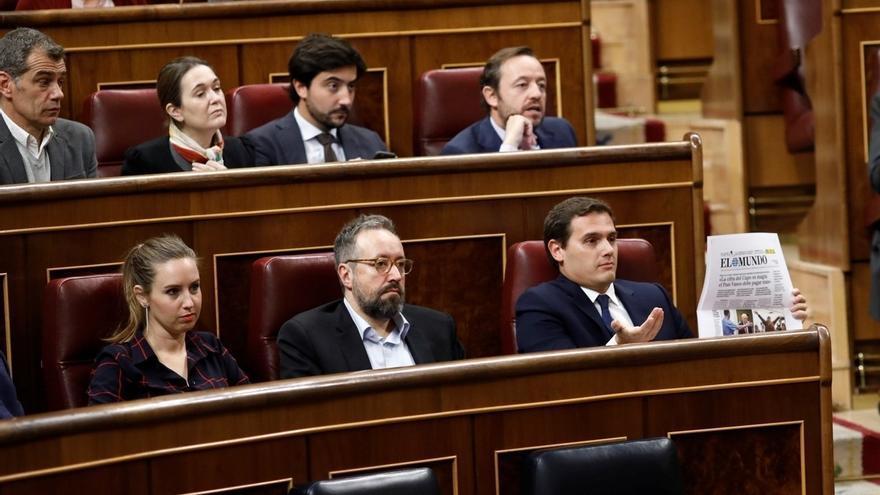 """Rivera se enzarza a cuenta del Cupo vasco con el Gobierno y el PP, que le acusan de """"oportunismo"""" y de """"dar bandazos"""""""