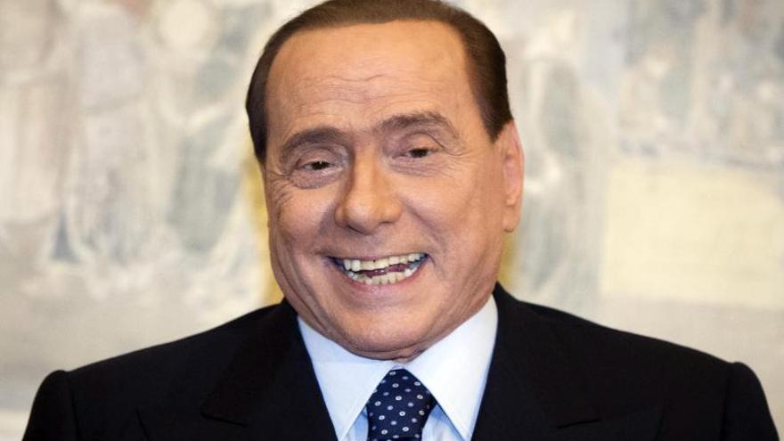 Renzi y Berlusconi se reúnen para modificar la ley electoral italiana