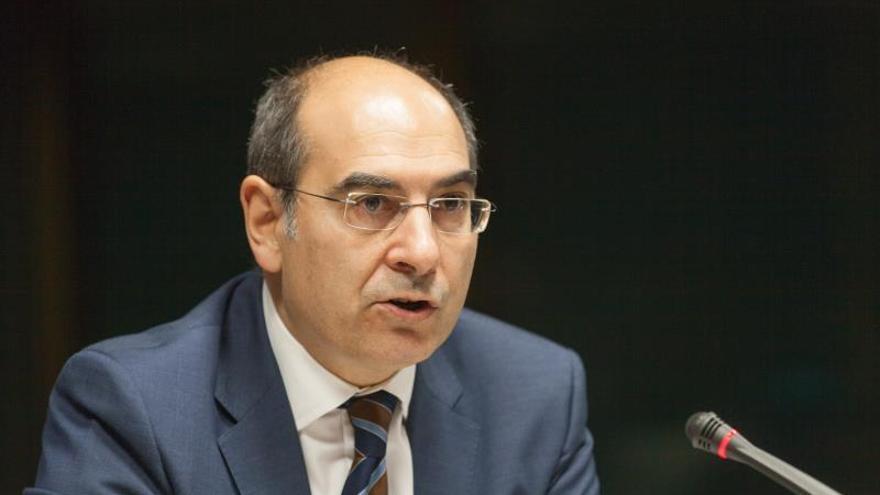 Euskadi mantendrá la tarjeta sanitaria a quienes se marchen al extranjero