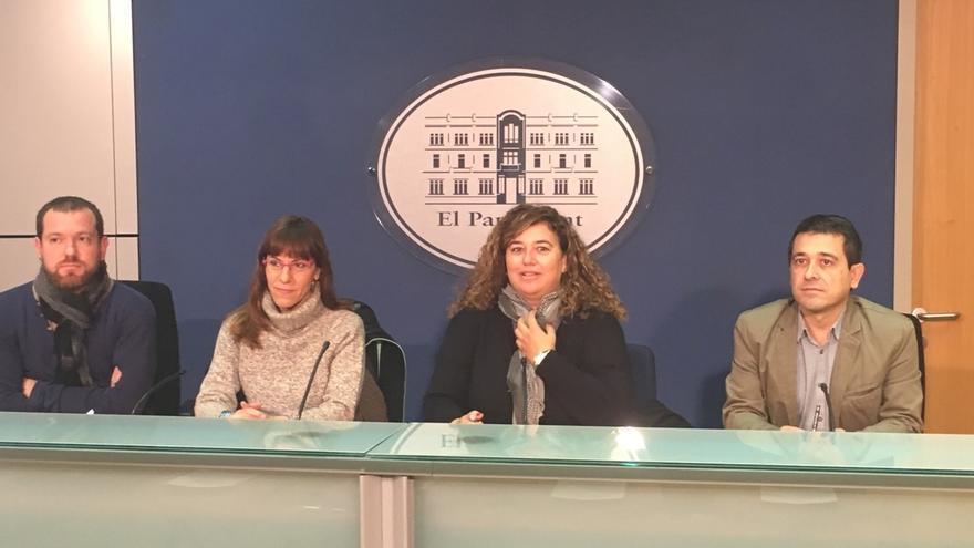 AM-PSIB, MÉS y Podemos registran una proposición para recuperar el catalán como requisito en el acceso a función pública