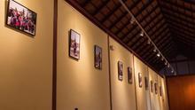 La Casa de la Cultura de Vallehermoso acoge dos series de Ricardo Canino dedicadas a Mali