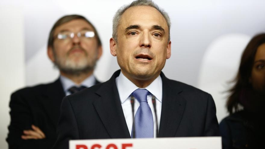 """Simancas dice a Valcarce que la elección será democrática """"pero más rápida"""" por el momento """"excepcional"""""""