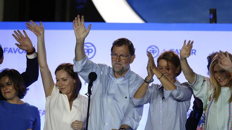 PP logra 15 diputados, Podemos 8 y el PSOE suma 7, con el 99,93 % escrutado