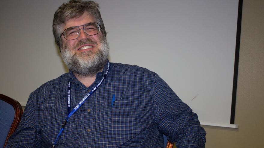 Chris Atkeson cree que aún existen muchos obstáculos económicos y técnicos importantes para construir robots blanditos