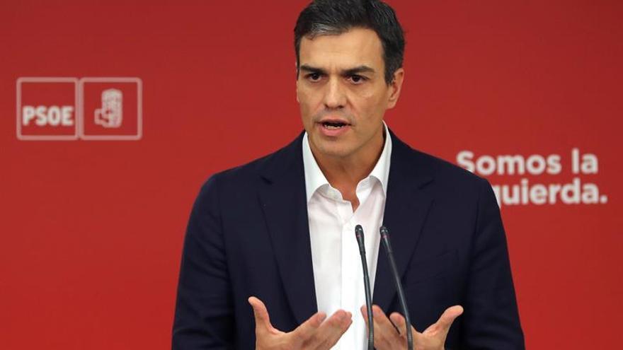 Sánchez y Rajoy pactan abrir la reforma constitucional dentro de seis meses