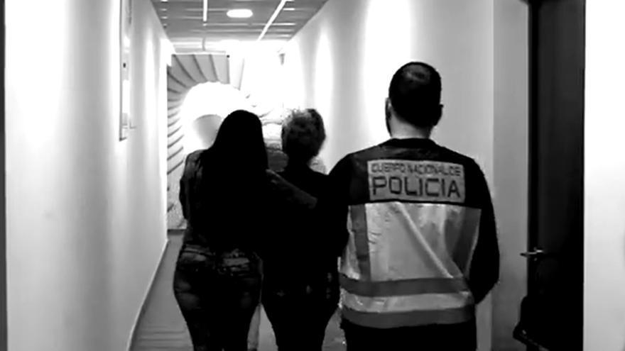 """El 80% de las mujeres prostituidas en España lo hacen de forma forzosa: """"Si eres cliente, pagas su esclavitud"""""""