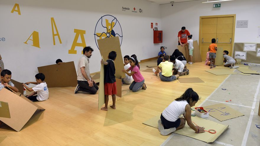Niños en el Aula de Artes de Fundació Bancaixa