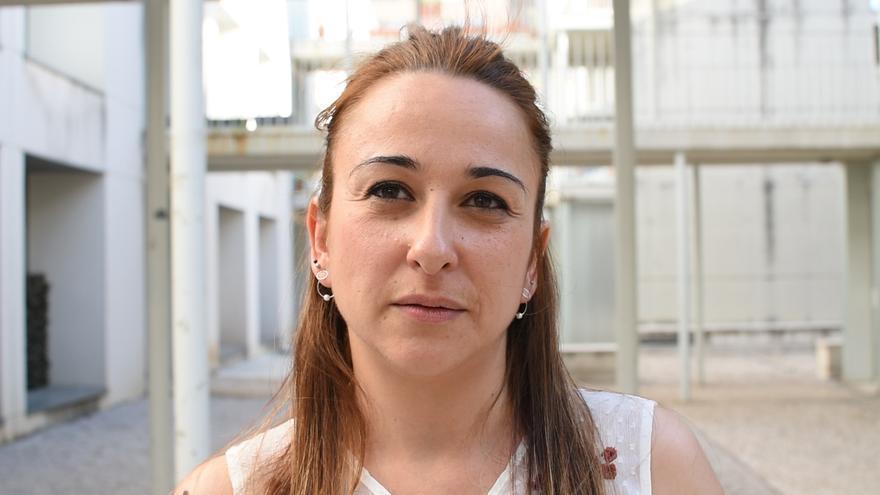 Beatriz Fernández, una de las afectadas por la venta de viviendas de la EMVS, en una entrevista con eldiario.es / Pelayo Prieto