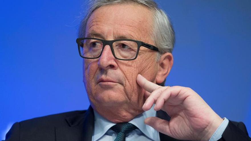 Juncker cree que a Grecia no se le pueden exigir mas recortes de pensiones