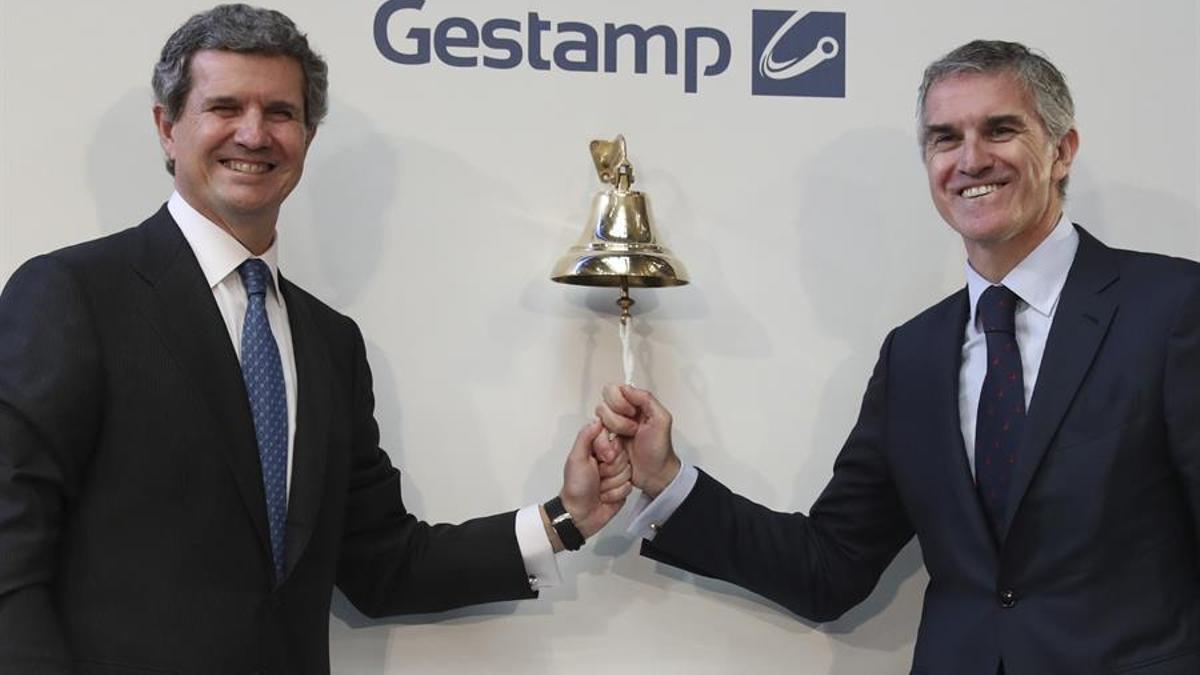 El presidente y consejero delegado de Gestamp, Francisco Riberas, y su hermano Jon Riberas, en la salida a Bolsa de Gestamp en abril de 2017.