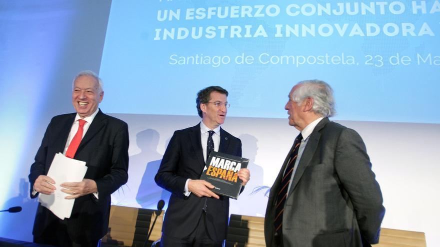 García-Margallo, Feijóo y De Los Monteros, este lunes en la Cidade da Cultura / Conchi Paz