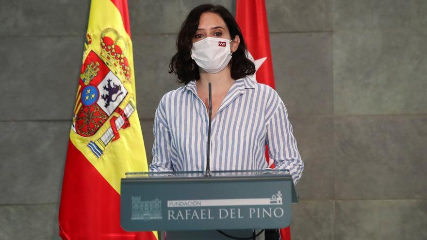 Madrid renueva los 11.000 contratos de refuerzo de sanitarios contra la covid