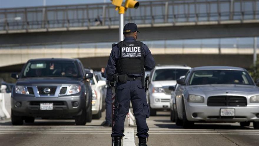 Bajan en octubre y noviembre los arrestos en la frontera entre EE.UU. y México