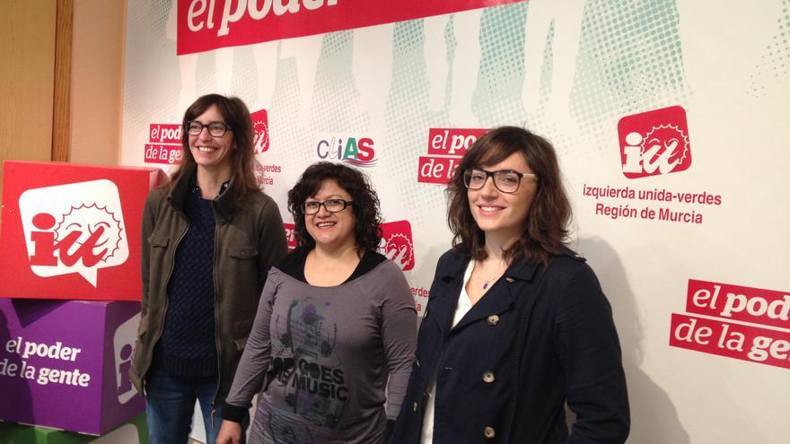 """Yolanda Abellón, Marcia Ortega y Ana Martínez, de la candidatura """"Cambiar Murcia"""" de Izquierda Unida"""