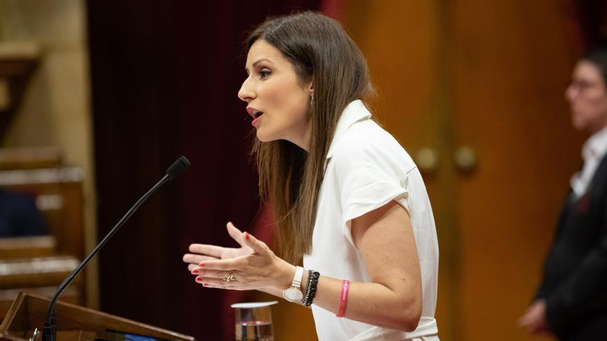 """Cs pide al Govern que se quite """"el lazo amarillo como venda"""" y atienda a los catalanes"""