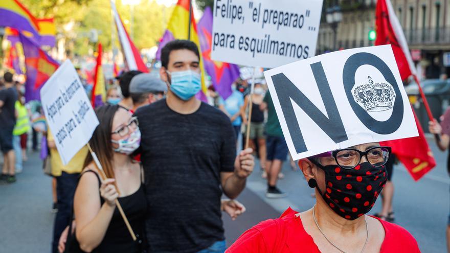 """Una marcha reivindica la república en Madrid contra una monarquía """"corrupta"""""""