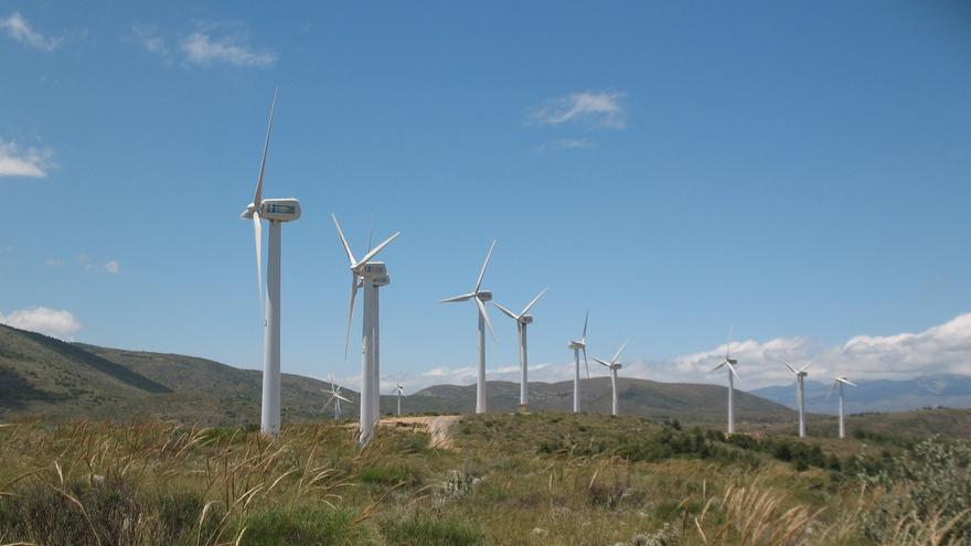 Cs pide limitar la convocatoria de nuevas subastas de renovables hasta que no pinche la 'burbuja'
