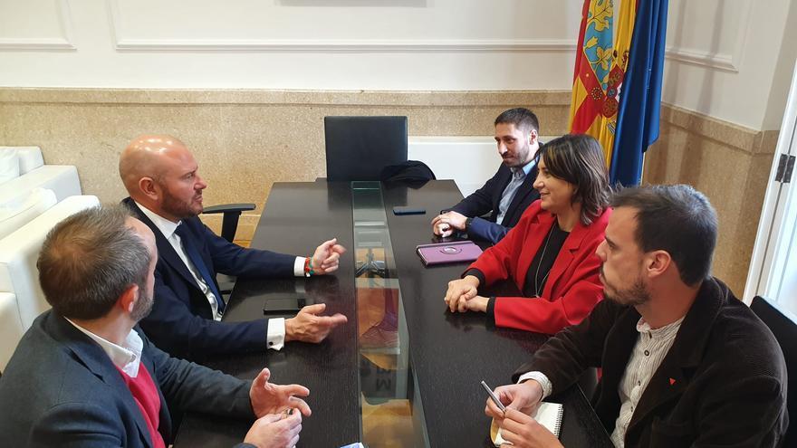 Imagen de la reunión entre Rosa Pérez Garijo y Toni Gaspar