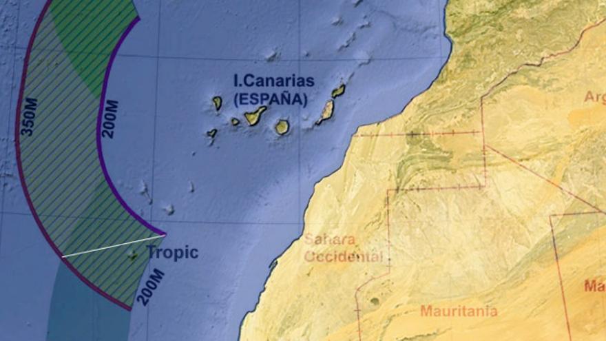 Solapamientos entre las zonas de extensión de la plataforma continental de España con Portugal al norte y el Sáhara al sur