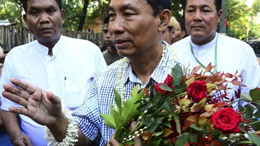 El defenestrado presidente del parlamento birmano admite su derrota electoral