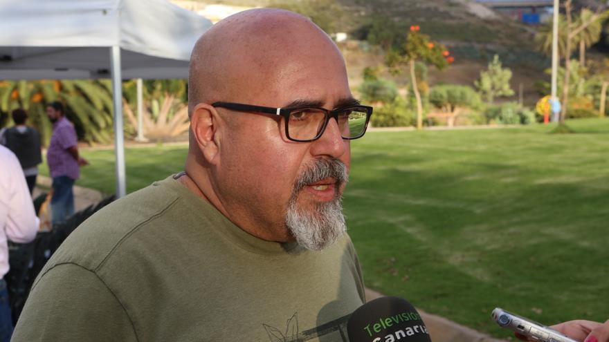 Francisco González en el homenaje a los '14 claveles rojos' de San Lorenzo