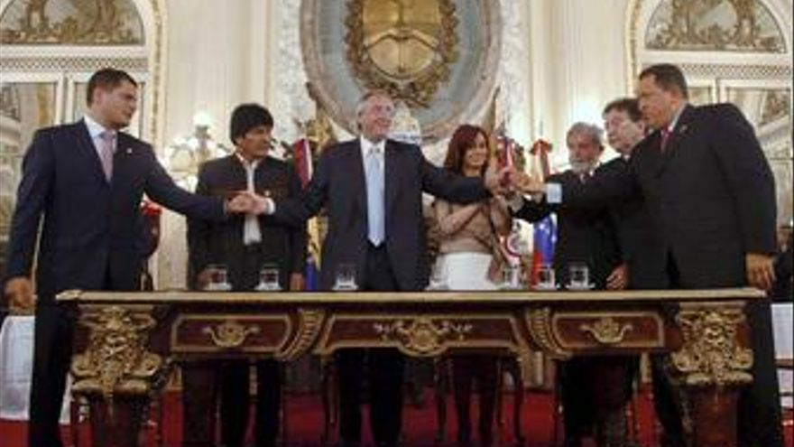 Dirigentes de 7 paises iberoamericanos firman el documento constitutivo del Banc