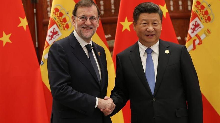 Xi Jinping agradece a Rajoy ir a China en el momento político que vive España
