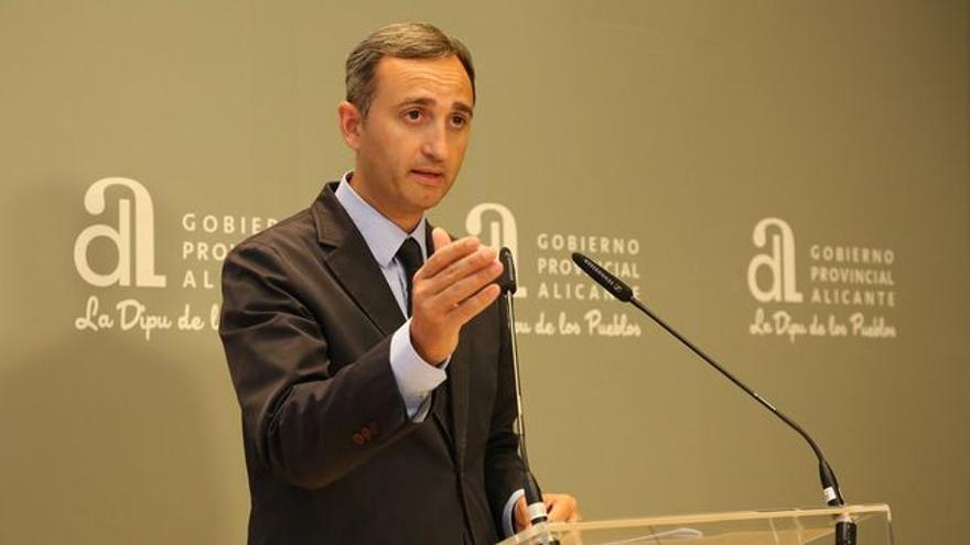 César Sánchez, presidente de la Diputación de Alicante.