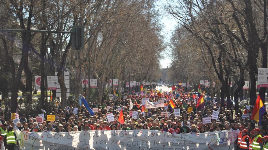 Cabecera de la manifestación contra el golpe de estado financiero y en defensa de lo público. \ Mercedes Domenech