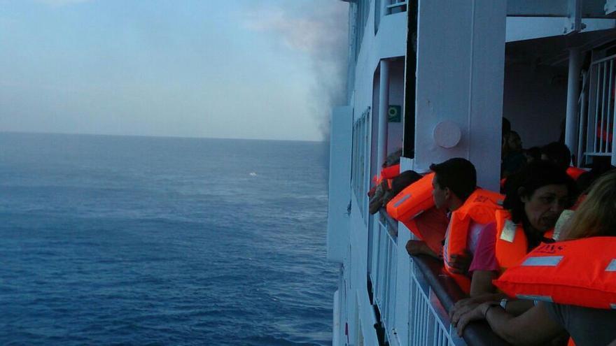 Imagen del incidente desde el interior del buque