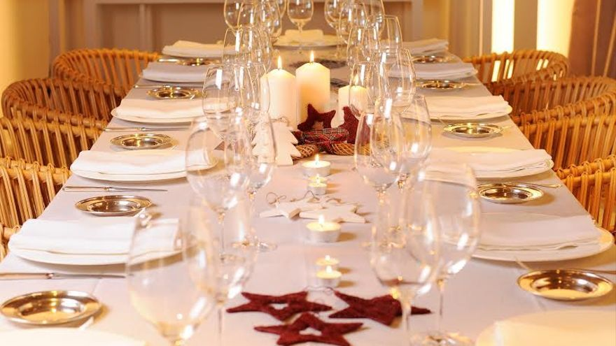 Mesa en restaurante Aldaba
