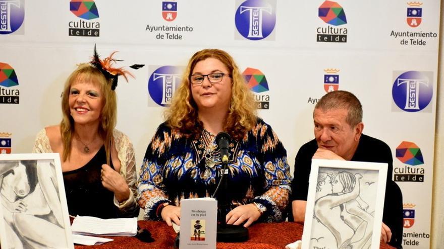 Presentación del libro 'Náufraga en tu piel' de Irma Ariola. Foto: Antonio Alí.