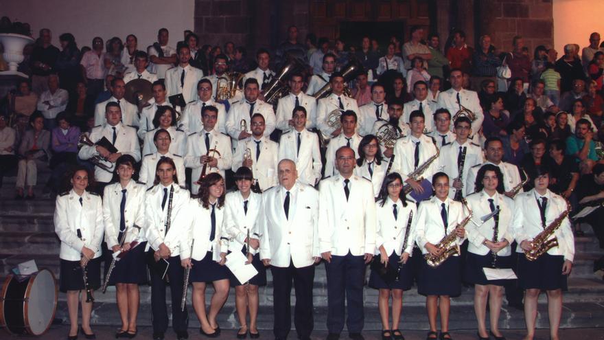 Imagen de archivo de la Banda de Música San Miguel con Julio Hernández Gómez.