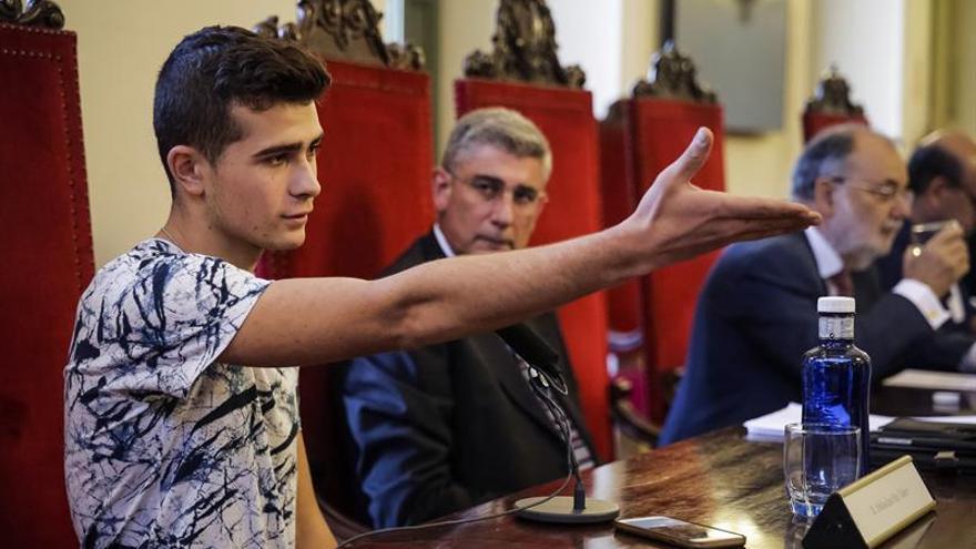 España concede asilo a un sirio de 17 años que tratará de traer a su familia