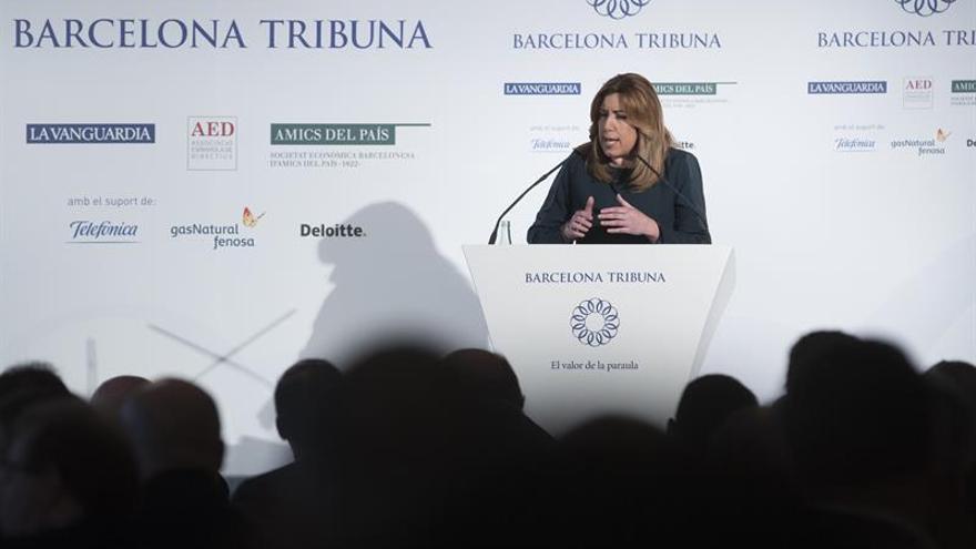 Susana Díaz: Puigdemont sabe que no habrá referéndum