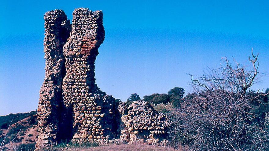 Castillo de Santisteba / Foto: Lute894 en Wikipedia. CC-BY-SA-4.0
