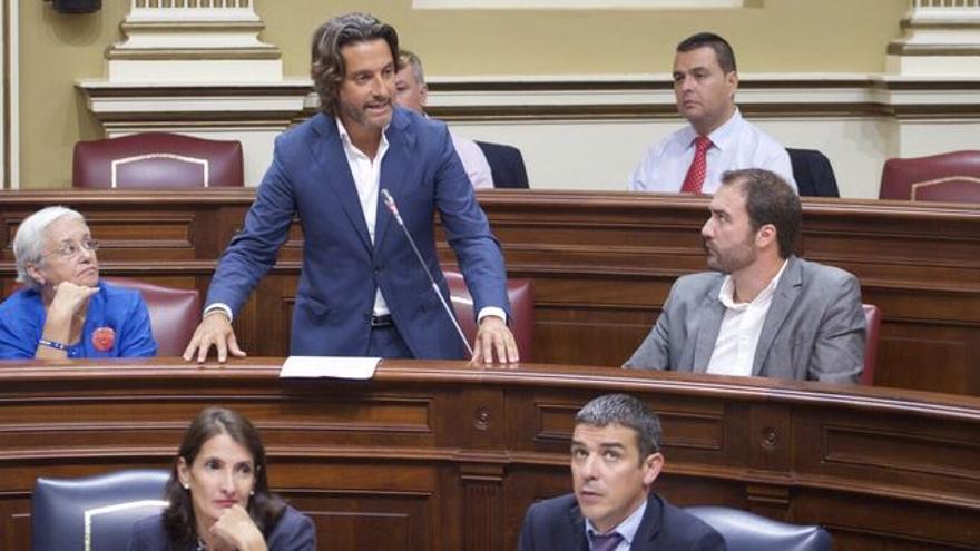 Gustavo Matos, en una intervención en la Cámara regional