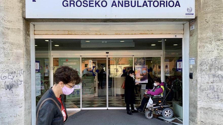 Donostia supera la tasa crítica de contagios y el alcalde prevé ya más medidas y restricciones a la movilidad