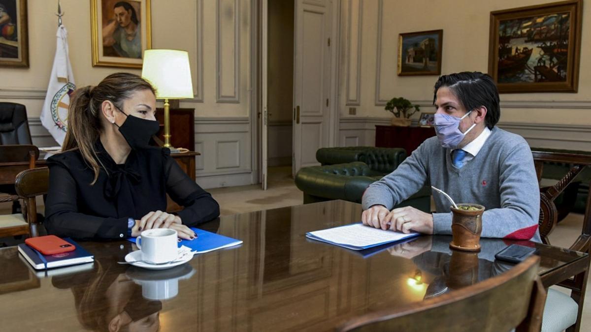 Nicolás Trotta, durante una reunión mantenida en septiembre de 2020 con la ministra de Educación de CABA, Soledad Acuña.