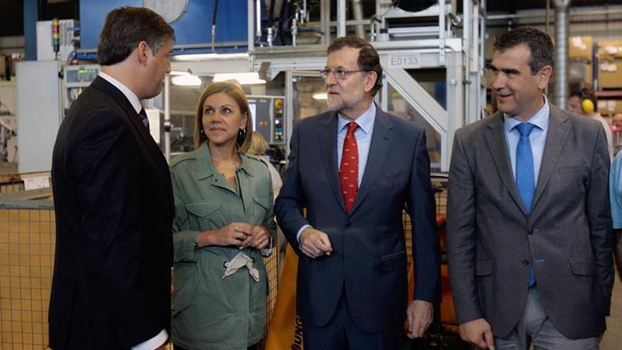 """Rajoy hará campaña hablando """"de lo que importa"""" frente a las """"zascandiladas"""""""