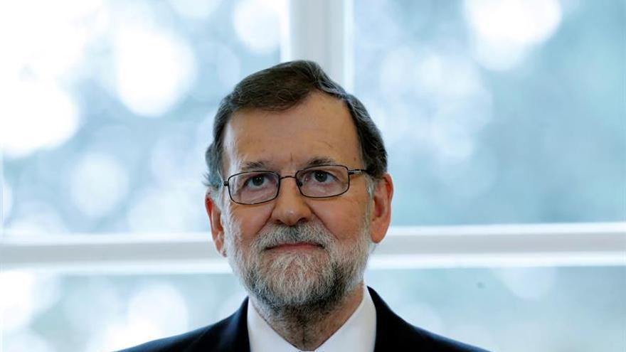Rajoy no da por roto el pacto con Cs y resta importancia al anuncio de Rivera