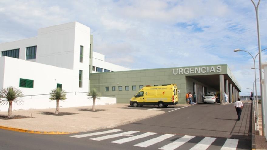 El brote de COVID-19 en el hospital de Lanzarote mantiene en aislamiento a 31 sanitarios