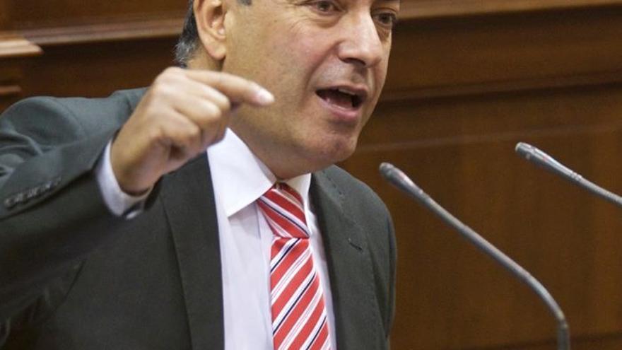 El diputado gomero Julio Cruz