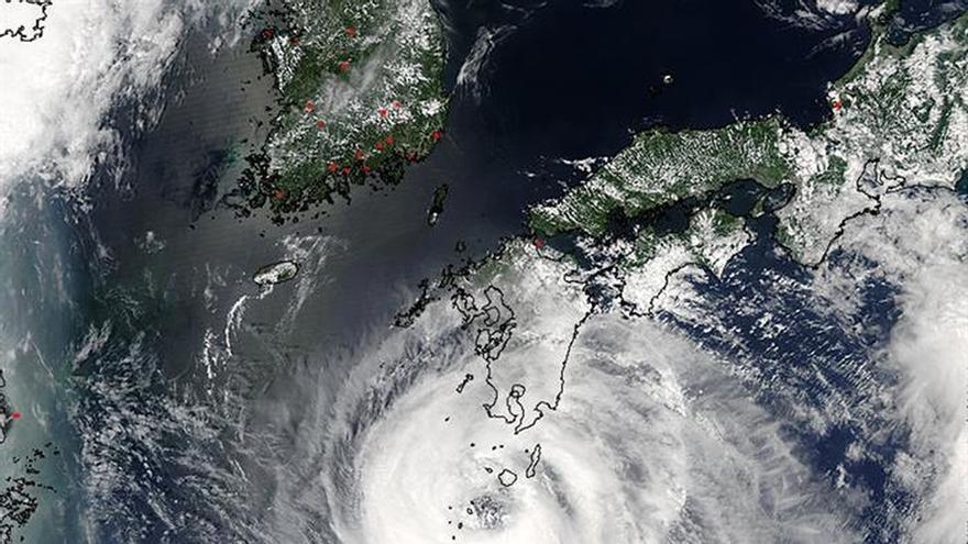 El oeste del archipiélago japonés en alerta por el avance del tifón Noru
