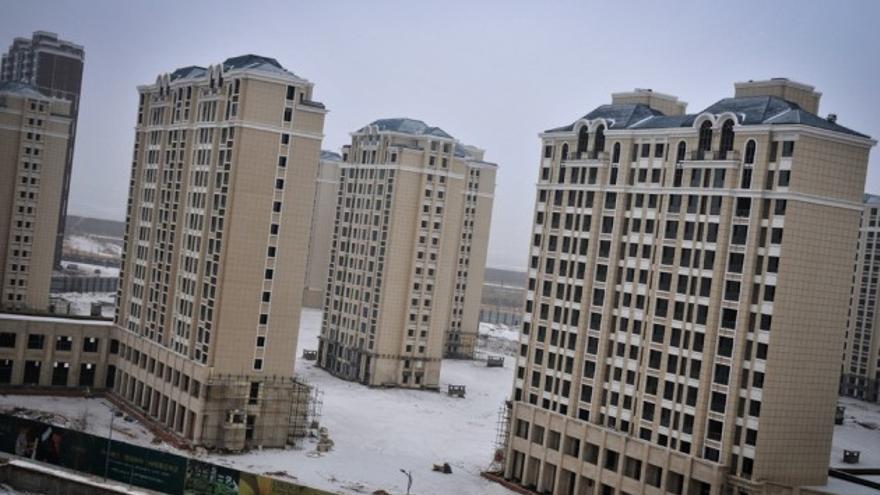 Edificios vacíos en la ciudad de Ordos (Mongolia Interior) / AP