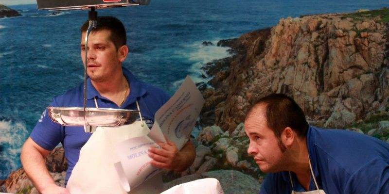 Dos tenderos en el Mercado de Barceló | SOMOS MALASAÑA