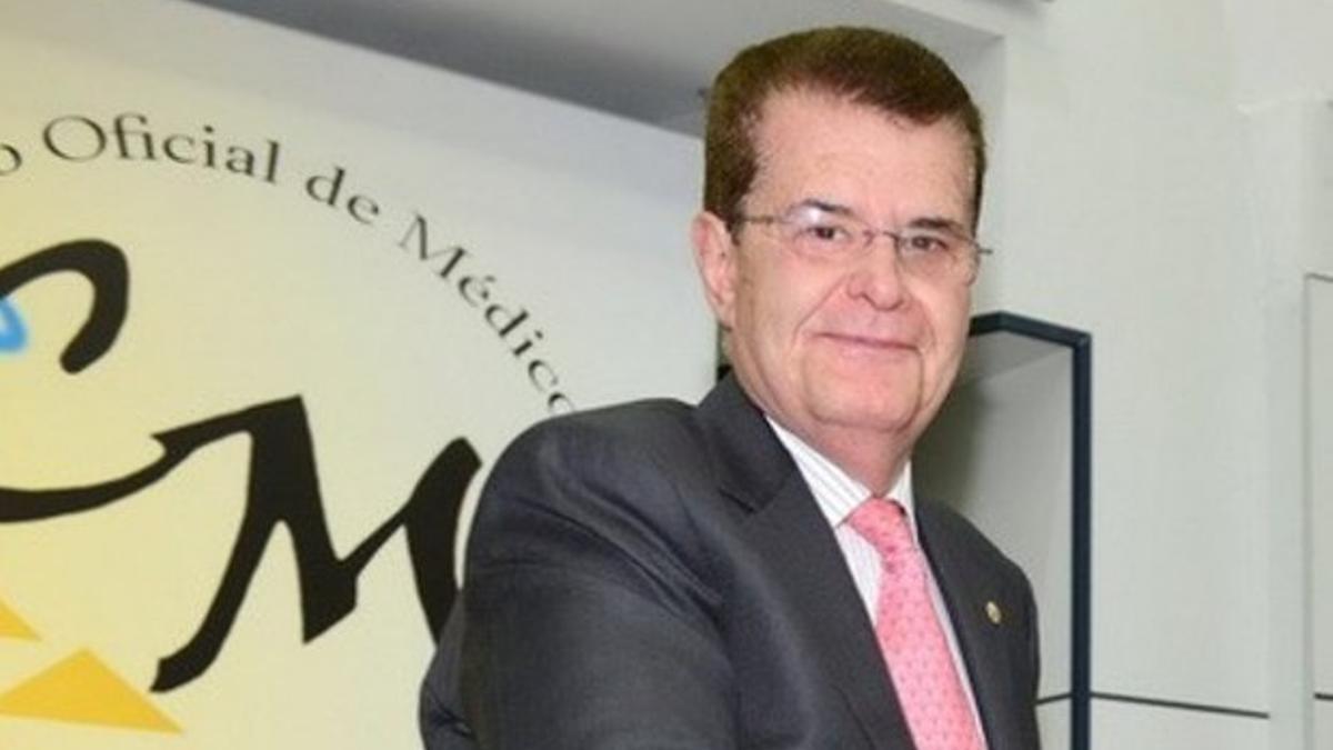 El presidente del Colegio de Médicos de Tenerife, Rodrigo Martín