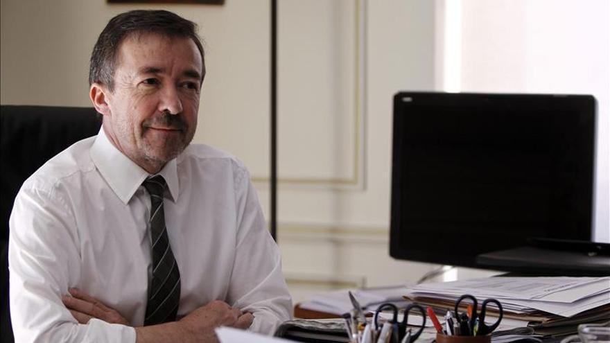 Carrillo (UCM) quiere que Pablo Iglesias sea profesor honorífico